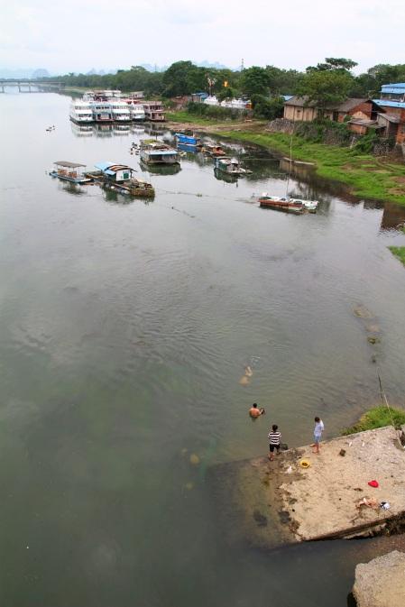 Kalastelijat vauhdissa