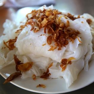 Nuudeleita sipulilla Vietnamissa