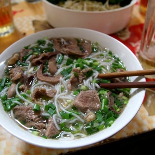Riisinuudeleita vietnamilaisittain