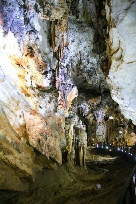 Näkymää luolasta