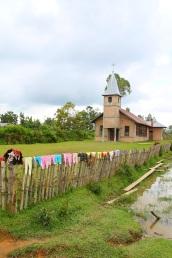 Perinteinen vaatteiden kuivauspaikka