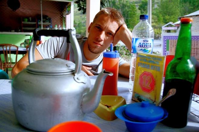 Fried noodelsia odotellessa