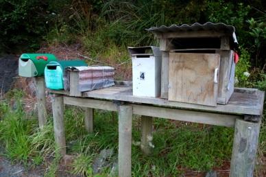 Laitetaanko tonne postia vai minkki?