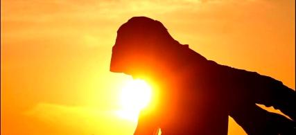 Ilta-auringossa, kuva: Tae-Sang