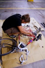 Laurin pyörän kokoamista