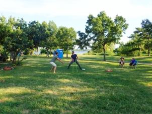 Frisbee-peli jatkuu