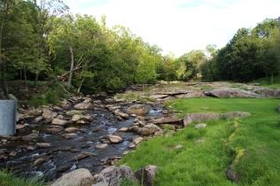 Puhdasta jokivettä