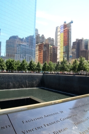 9/11 muistomerkillä