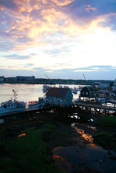 Ilta laskeutuu ja osavaltio vaihtuu Maine – New Hampshire