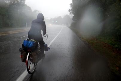 Sadetta pukkaa, Long Island