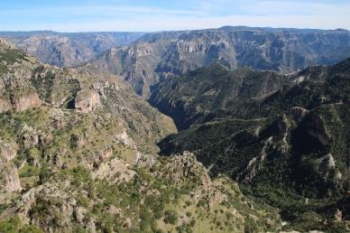 Kanjoninäkymät, Divisadero
