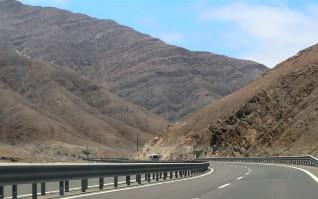 Atacaman baanaa